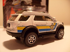 MATCHBOX 2012 FORD EXPLORER NO7 MBX COUNTY SHERIFF VEHICLE 1/64 (ambassador84 OVER 5 MILLION VIEWS. :-)) Tags: matchbox diecast 2012fordexplorer