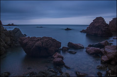 Calma (antoniocamero21) Tags: blue sky costa color beach nature water azul marina landscape atardecer mar agua foto sony playa paisaje girona nubes catalunya rocas platja rosamar