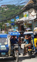 Street scene, Boracay island, Western Visayas, Philippines (Darius Travel Photography) Tags: pentax philippines boracay filipinas pilipinas boracayisland    pentaxk100dsuper   filipinai
