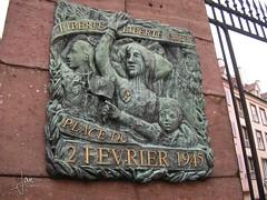 Haut-Rhin France - Colmar, Place du 2 Fevrier 1945 (glanerbrug.info) Tags: 2005 monument wwii colmar alsace frankrijk elsass elzas hautrhin secondeguerremondiale tweedewereldoorlog oorlog19401945 francealsacehautrhin