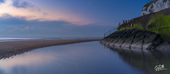 Blue Hour Panoramic (thesharkhunter) Tags: sea england seascape beach reflections kent seascapes panoramic bluehour landsacape broadstairs gregbottle sonya7rii