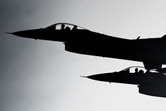 Thunderbirds depart Nellis AFB (Nick Collins Photography, Thanks for 1.8+m views) Tags: las vegas usa canon flying fighter martin aircraft aviation military airshow falcon sillouette thunderbirds fighting lockheed 500mm usaf pilot afb nellis f16c 7dmk2