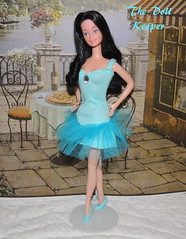 Snowprincess Barbie Doll in Blue Dinner Date Fashion (The doll keeper) Tags: blue black fashion dinner hair dance doll dress barbie 1989 date snowprincess 1308