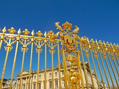 The Golden Gate (Camra Lucida) Tags: paris france monument museum gold louis gate versailles monarchy nationalmonument xiv wealth louisxiv thegoldengate opulence chateaudeversailles royaume versaillescastle