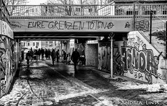 berlin...Streets... (andrealinss) Tags: street blackandwhite bw berlin schneberg streetphotography schwarzweiss berlinstreet streetfotografie berlinstreets andrealinss