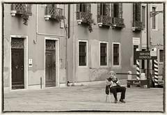 Awaiting gondolier (Funchye) Tags: venice italy nikon piazza 70300mm venezia venedig gondolier d610 fondamentabarbaro