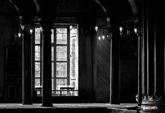 Interior (adrivallekas) Tags: trip travel light blackandwhite bw history byn blancoynegro bulb canon turkey culture istanbul mosque bn arab mezquita lamps istambul turquia viajar estambul turqiye