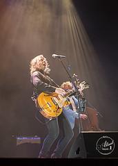 Erwin Nyhoff (Alied Photography) Tags: music guitar stage piano podium kings muziek rocknroll erwin gitaar theatertour nyhoff