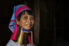 The mystery and charm of the Longneck tradition (Bn) Tags: life wood red portrait people woman lake heritage home colors girl beautiful beauty smile face mystery work neck living costume eyes topf50 village native live burma group working hard culture lifestyle jewelry charm tribal carving karen rings longneck elderly attractive surprise tribes worker myanmar inle tradition tribe simple ethnic minority brass topf100 wrinkles weaving coils habits groups protect shanstate kerchief kayan stammen karenni necklets 100faves 50faves suppresses lahwi 23rings elongater