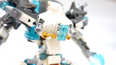 DSC03089 (chubbybots) Tags: lego mech moc 70223