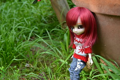 DSC_3200 (DollEmiou) Tags: red cute beautiful garden eyes dolls makeup jardin pullip redhair poupe obitsu nezumi stica beautifuldoll pullipfc pullipsticafc