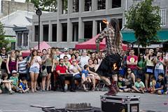 DSC_0955 as Smart Object-1 (Samuel Ladouceur) Tags: canada fire quebec montreal tourist challenge feu skill jongleur touriste amuseursderue spectateur