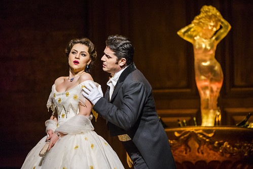 Your reaction: <em>La traviata</em> live in cinemas 2016