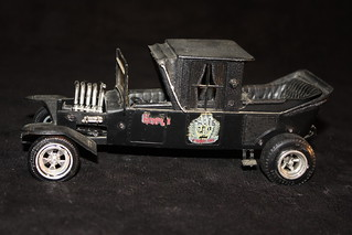 AMT Munsters Coach Model Kit (1964)