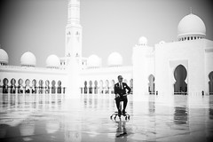 Mosque 4 (monochromia - jeremy chivers) Tags: march naturallight mosque abudhabi 2016 sheikhzayedmosque