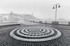 Schizzechea... (Salvatore Brontolone) Tags: light white black panoramica lungomare yalta lampioni luce paesaggio decorazione pozzuoli