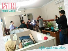 Produksi film #IstriParuhWaktu2 menghabiskan waktu tiga... (miiirawan) Tags: shortmovie youtube filmindonesia filmpendek uploaded:by=flickstagram daqumovie filmmakermuslim daarulquran pppadaarulquran istriparuhwaktu2 filminspirasi instagram:venuename=pppadarulqur27an instagram:venue=438593857 filmreligi instagram:photo=11829381596070286701519522149