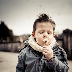 Child (Zeeyolq Photography) Tags: child