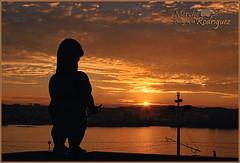 El Guardian del Sol (merche.r) Tags: sunset del atardecer casa agua paisaje galicia domus hombre lacorua riazor