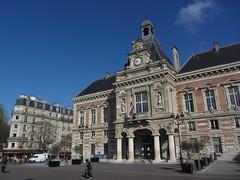Place Armand Carrel (portemolitor) Tags: paris place arrondissement armand carrel 19th 19me 75019 19e placearmandcarrel mairiedu19me