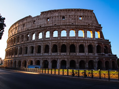 Early morning at the Roman Colosseum (Nigel Rudyard) Tags: rome roman colosseum empire