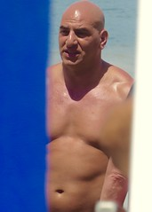 IMG_1111 (danimaniacs) Tags: shirtless man hot sexy guy beach pecs muscle muscular beefy bald stud mansolo
