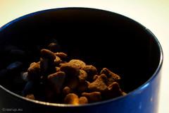 Petfood -  Macro Mondays (Finn Frode (DK)) Tags: cat tin indoor catfood snack treat hmm petfood royalcanin exigent macromondays beginswiththeletterp