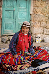 (Artypixall) Tags: portrait woman texture peru vendor blankets handycraft chinchero