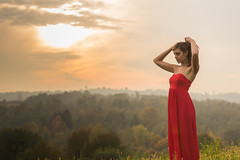 Sunset In Red (Daniele Pauletto) Tags: sunset red nature girl beauty fashion landscape happy freedom model ballerina tramonto dress outdoor moda free determined rosso bellezza ragazza happyness felicit gnocca modella dpphotography