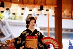 (-3 (nobuflickr) Tags: japan kyoto maiko geiko       miyagawachou  20160202dsc00044