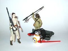 rey starkiller base build a weapon snow mission and bb-8 with teedo jakku scavenger from star wars the force awakens 2 pack 3 pack basic figures desert mission bb-8 with unkar's thug and teedo hasbro 2015 (tjparkside) Tags: new 2 two 3 net toy star three junk force desert mechanical rifle gang 7 disney semi staff pack seven combine weapon rey jedi mission ren sw accessories wars pk friday figures xii base poe basic episode thug droid spherical firing scavenger blaster hasbro dealer scavengers bullies astromech tfa 2015 awakens dameron teedo bb8 kylo jakku unkar starkiller plutt theforceawakens unkars luggabeast toysbackpack