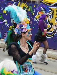 La Dame de Prytania Street - Krewe of Tucks parade (Monceau) Tags: walking women colorful neworleans feathers parade mardigras beadwork streetnames prytania kreweoftucks damesdeperlage