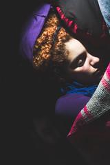 durmiente #002 (estanislao niklison) Tags: light sleeping red portrait woman man color luz broken argentina night contrast hair noche mujer buenosaires sleep retrato flash moron lsd pelirroja dormido fisura