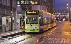 Croydon Tramlink 2530, Wellesley Road, Croydon, 15th. April 2016. (Crewcastrian) Tags: transport trams croydontramlink 2530