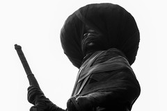 Envuelto (Luriok) Tags: black negro covered zapata intervention emilianozapata uaem envuelto intervencin