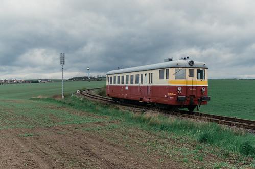 M262 w polach pomiędzy Straškovem a Mšeném