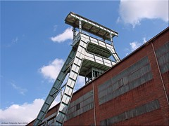 Herten - Zeche Ewald (Jorbasa) Tags: tower germany deutschland mine hessen turm geotag nordrheinwestfalen zeche schacht wetterau herten frdergerst motorworld malakowturm jorbasa zecheherten