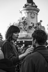 Paris - novembre 2015 (Sébastien Bruzzo) Tags: people bw paris streets zeiss sony sonya7r