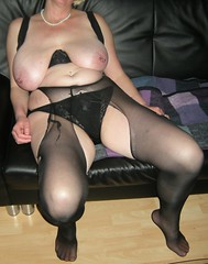 Fix und Fertig 2 (Hase91) Tags: tits bra panty ripped piercing mature milf pantyhose strumpfhose hnger saggy bigboobs collant