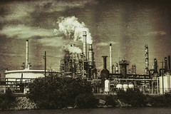 PetroChemical Plant (lisagriffis2007) Tags: texas houstonshipchannel gulfcoastportofhouston