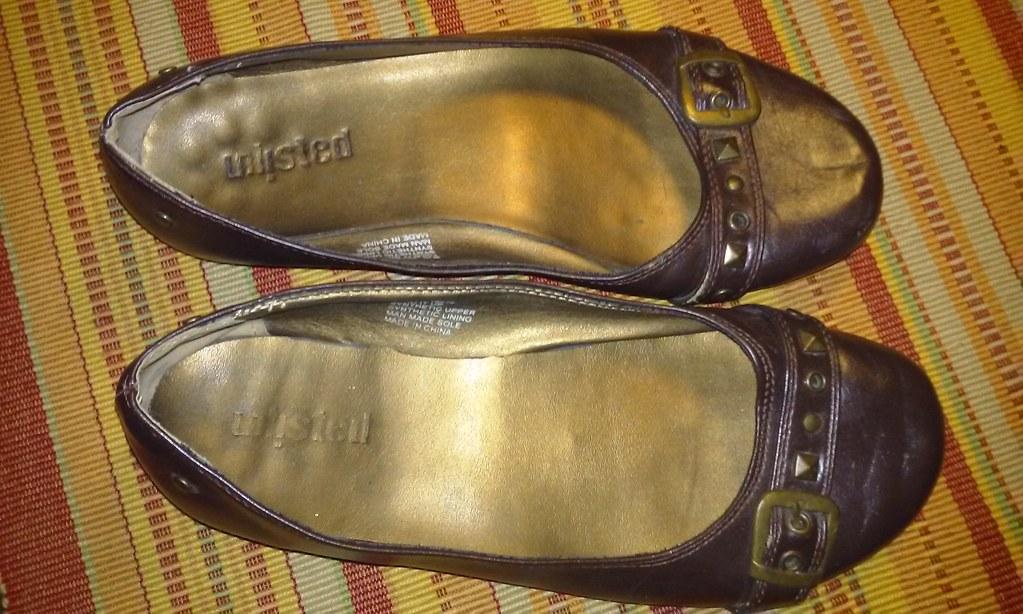 Well worn womens shoe fetish