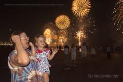 Ano Novo em Santos (Stefan Lambauer) Tags: reveillon brazil people baby praia beach brasil mar kid br fireworks sopaulo santos criana filha anonovo vov fogos gonzaga catharina 2016 stefanlambauer 20152016