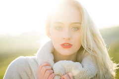 Sarah (ecker) Tags: frau gegenlicht gesicht gesichtsportrait licht outdoor portrait portrt sarah sonnenlicht sonnenschein umgebungslicht avaliablelight backlight face light naturallight portraiture sunlight woman sony a7 zeiss batis 85mm zeissbatis1885 sonnar