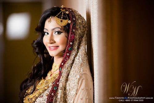 © All rights reserved by WeddingMoments™   TanvirAliPhotography Call for booking: +880 17 9944 5555