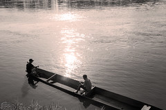 IMG_7802 copy-2 (Armelsandra12) Tags: sunset sun reflection sol water beautiful rio river agua barca meta reflejo belleza pescadores