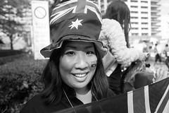 Kobe Harborland  204 (momoto0) Tags: street portrait bw canon eos blackwhite 28mm 5d usm monochrom f18 markii ef28mmf18 eos5dmarkii