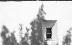shadow line (Riex) Tags: shadow blackandwhite bw window wall schweiz switzerland suisse noiretblanc ombre svizzera mur fentre a100 engadine amount graubnden grisons graubunden paroi valfex sal1680z minoltaamount carlzeisssonyf35451680mm variosonnartdt35451680