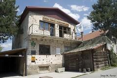 LA KUCA KOLARA (Bsnia i Herzegovina, agost de 2012) (perfectdayjosep) Tags: sarajevo balkans balcanes balcans saraievo bsnia perfectdayjosep tunelspasa bosnieiherzegovine bsniaiherzegovina kucakolara eltuneldelavida