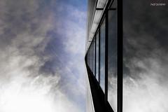 Reflections (Steffen Dufner Photography) Tags: city color skyline architecture contrast canon buildings frankfurt 1018 mainhatten ffm 60d