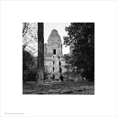 Baksei Chamkrong, Cambodia (Ian Bramham) Tags: temple photo angkor hindu bakseichamkrong ianbramham